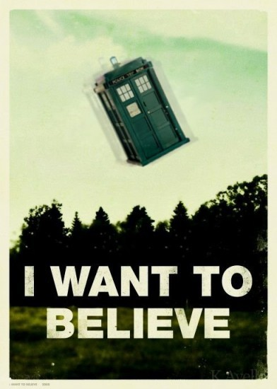Fuzzy image of the TARDIS flying over a treeline. Caption reads: I want to believe.